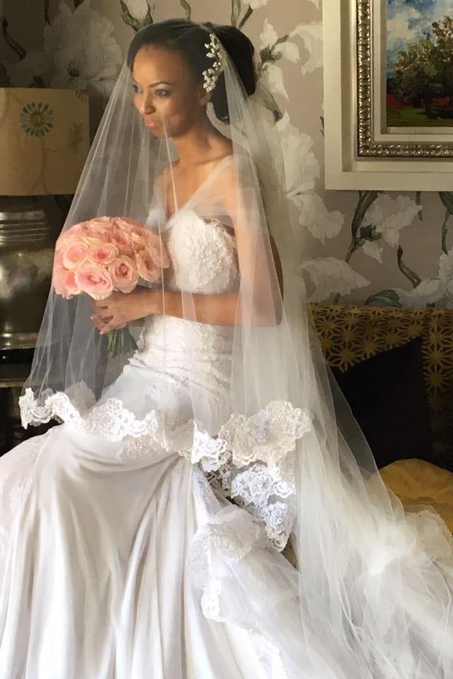 Asanda - Scalloped Edged Veil | Lace Worked Dress